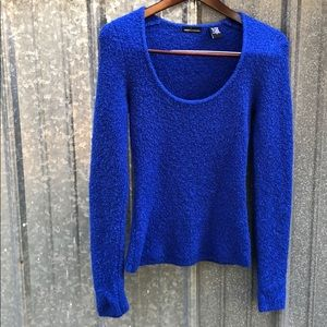 Women's Moda International blue sweater size small